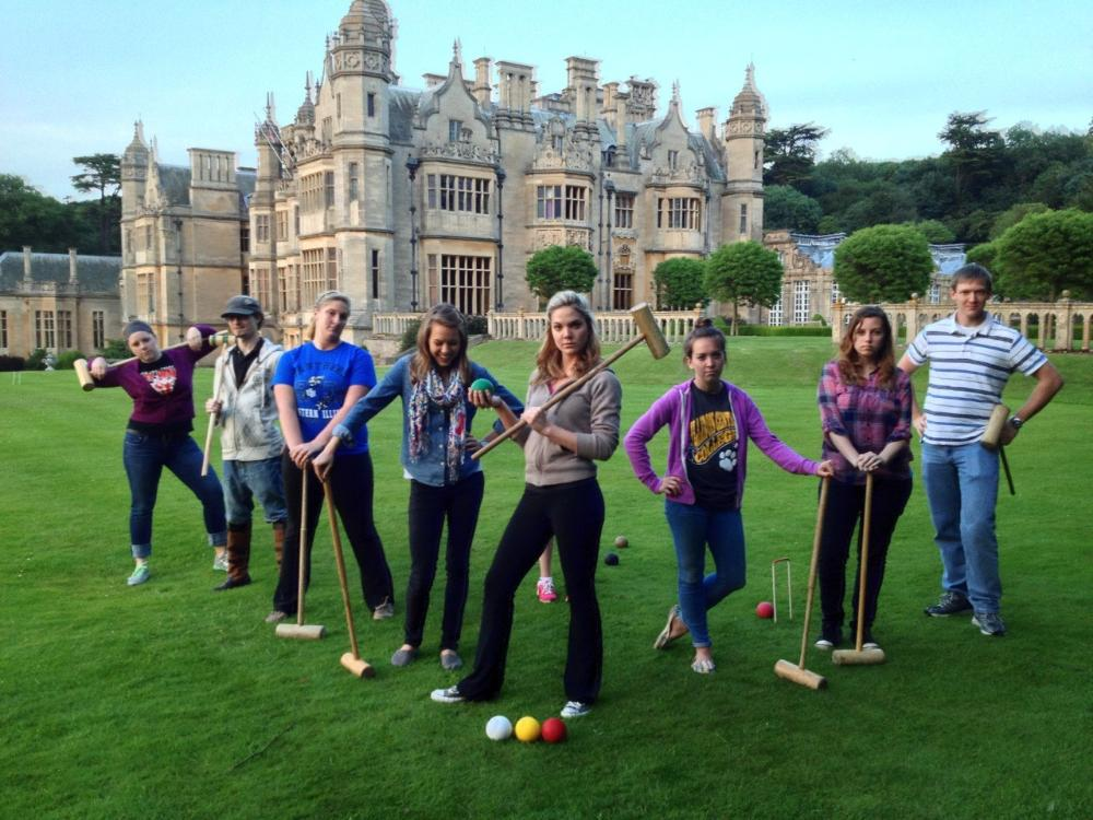 Students in front of Harlaxton